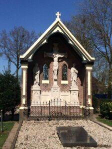 UItvaart Voorst op de begraafplaats in Twello