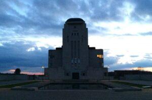 Uitvaart Kootwijk. De Kathedraal, zendstation Radio Kootwijk