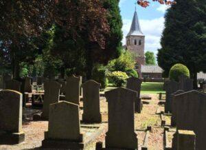 Begrafenis Beekbergen. De NH begraafplaats in Loenen