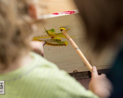 Het kistje schilderen